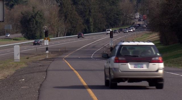 Northbound I-205 closed through Monday morning | KOIN com