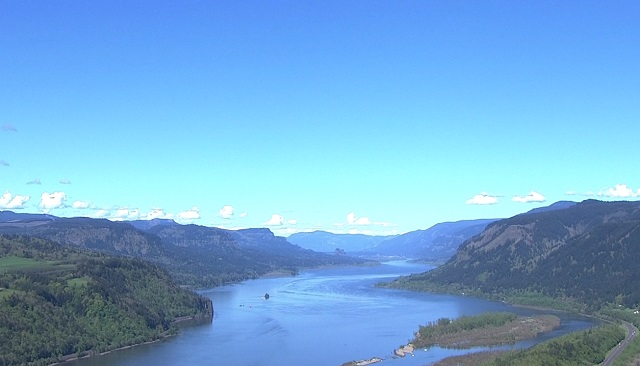The Columbia River Gorge_453218