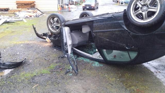 hazel dell rollover crash on I5 12292017 B_574511