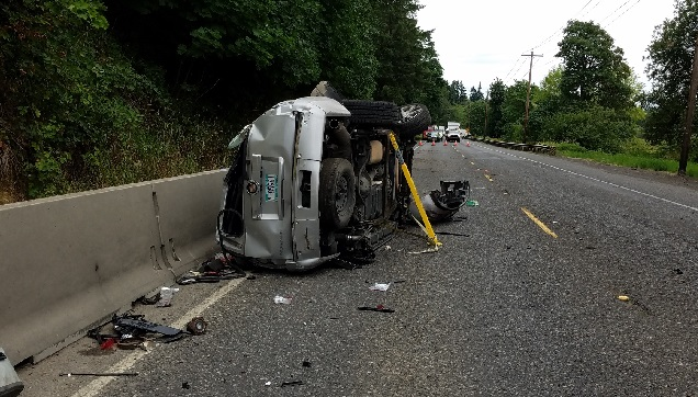 Motorcyclist rear-ended into truck, dies in Vancouver