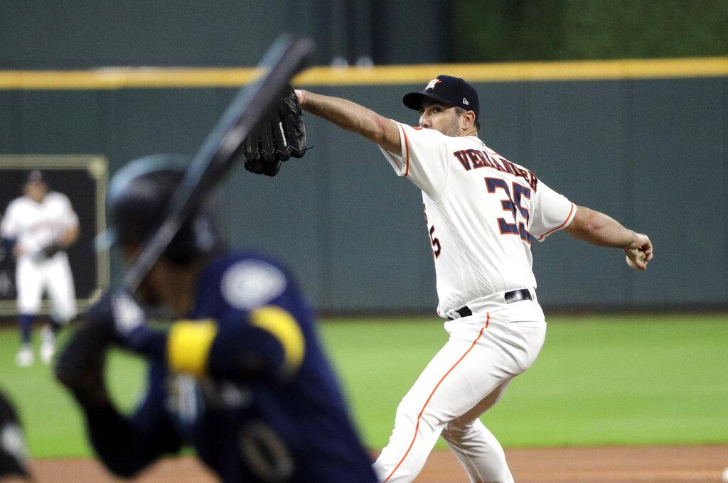 Verlander gets MLB-best 18th win, Astros down M's | KOIN com