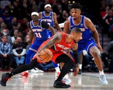 Lillard has 31, Trail Blazers hand Knicks 10th straight loss
