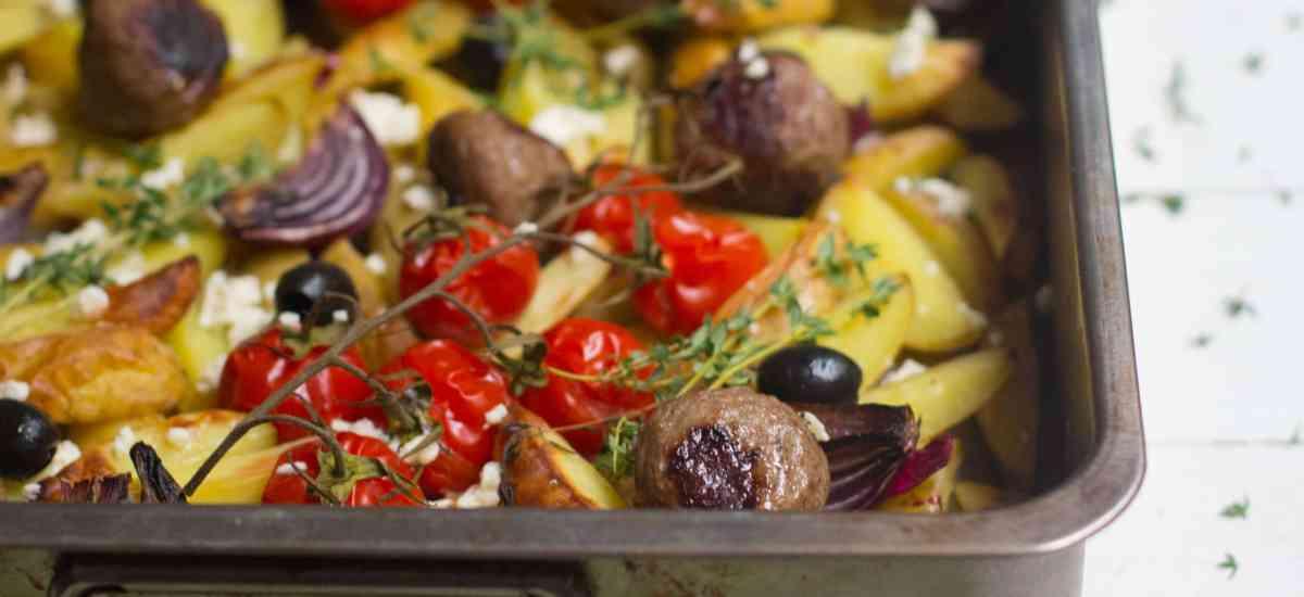 Griekse ovenschotel met gehaktballen
