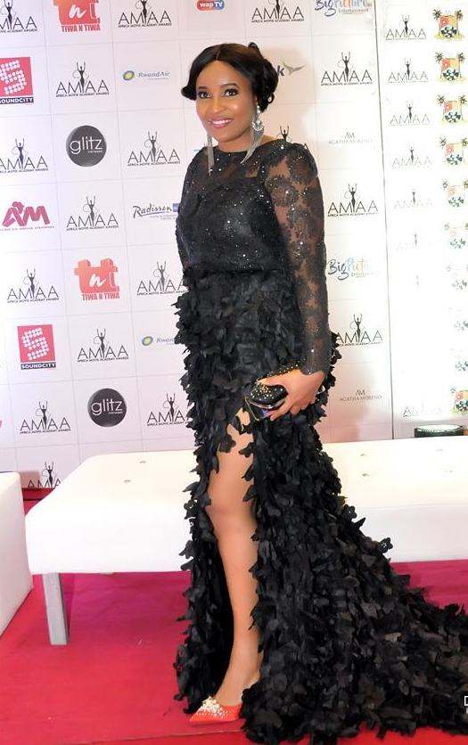 The Insider: See The Stars Who Reigned Supreme At The AMAA 2017 14