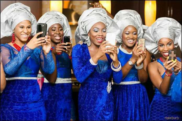 36d914515e2 Check out some of the most stunning aso-ebi groups for some African wedding  inspiration we ve garnered for you below!