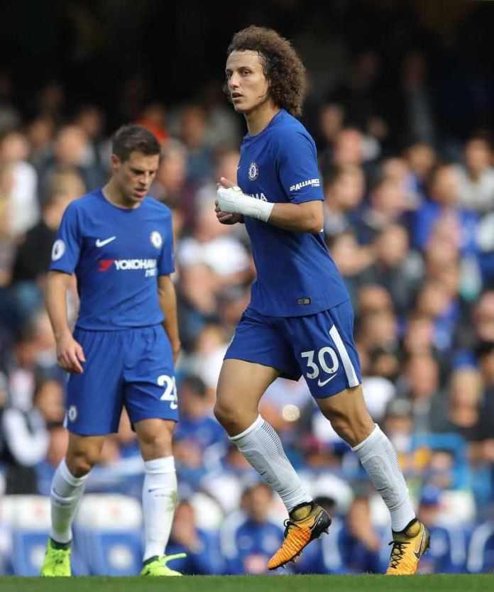 Antonio Conte Insists Luiz Must Play Against Atletico Madrid Despite Broken Wrist 3