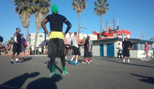 バスケットボールコートのある日常への憧れと日本バスケのこれから
