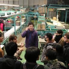 留学生は地域のりんご生産について学びました