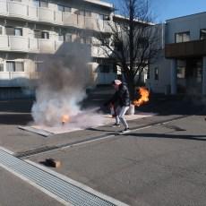 弘前大学国際交流会館消防訓練を行いました。