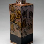 2007 柿釉刷毛目角瓶 36×13×13