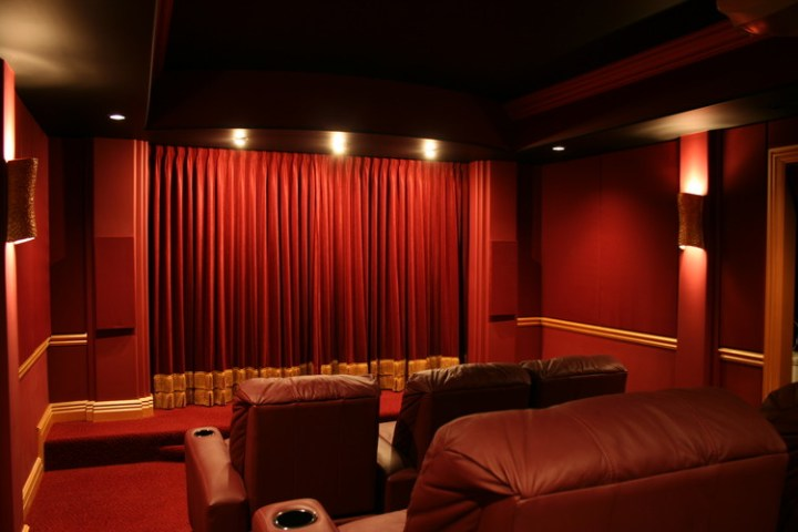 Traditional Home Theaters   Kole Digital custom home theater Chicagoland      Chicagoland home theater design