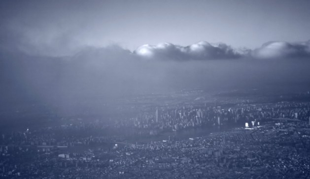 Gotham Through Clouds and Smog (New York) /  Jeremy (CC BY-NC-ND 2.0)