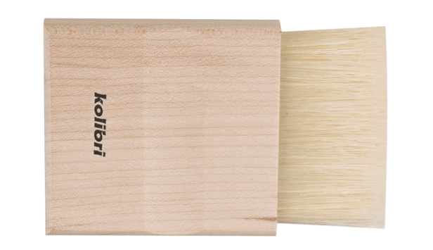 bristle mottler or flat kabuki brush