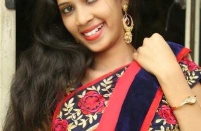 Actress-Pooja-Hot-Stills-2