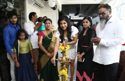 TONI&GUY ESSENSUALS LAUNCHED IN KOLATHUR BY SAKSHI AGARWAL (18)