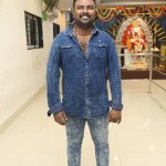 Karichoru Movie Pooja Stills (27)