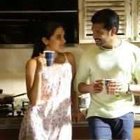 Thadam Movie Review