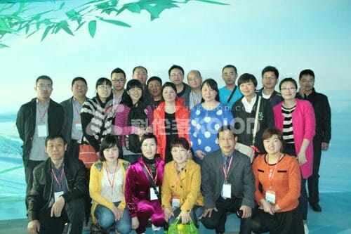 April 12, 2013 to 14, the company organized a group of employees to participate in the three day tour of Hangzhou, the main tour of Qiandao Lake, West Lake and Wuzhen three, the second group of employees is expected to travel in October this year