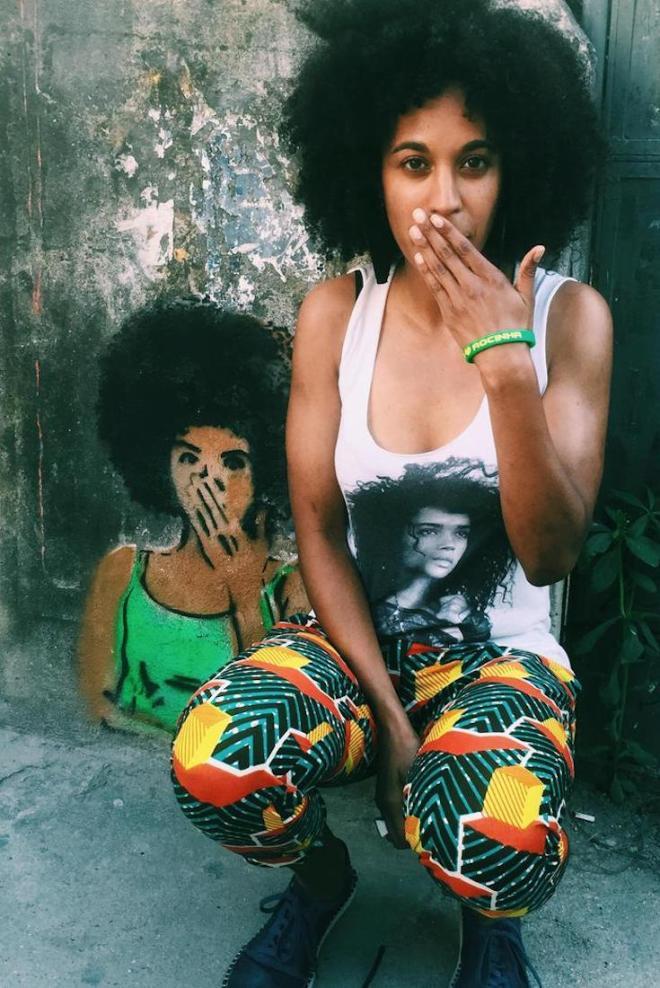 Juliana 'Jewels' Smith, (H)afrocentric, Halfrican, Biracial, Multiracial, African American Lives, African American News, Black News, Black Comics, African American Comics, KOLUMN Magazine, KOLUMN, KINDR'D Magazine, KINDR'D