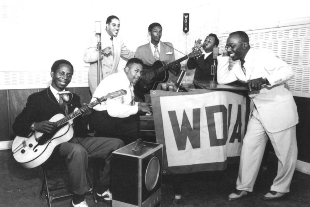 African American Entertainment, Black Entertainment, African American Radio, Black Radio, WDIA Radio, KOLUMN Magazine, KOLUMN, KINDR'D Magazine, KINDR'D, Willoughby Avenue, WRIIT, Wriit,