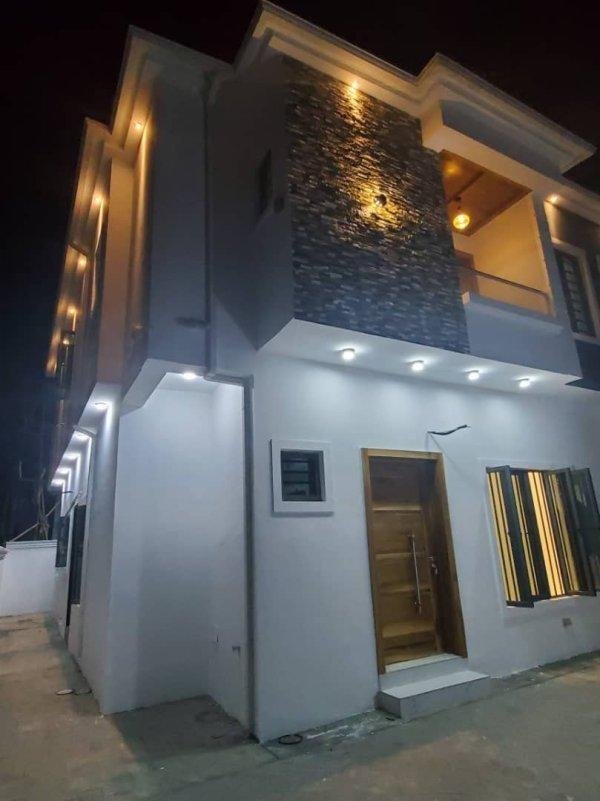 4 bedroom Duplex for sale at lekki