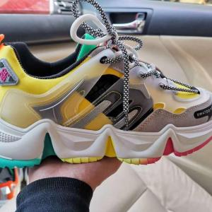 Supreme Sneakers For Sale In Lagos Nigeria