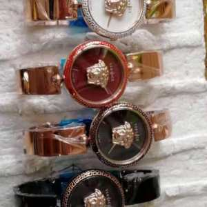 Affordable Wrist Watch For Women On Sale