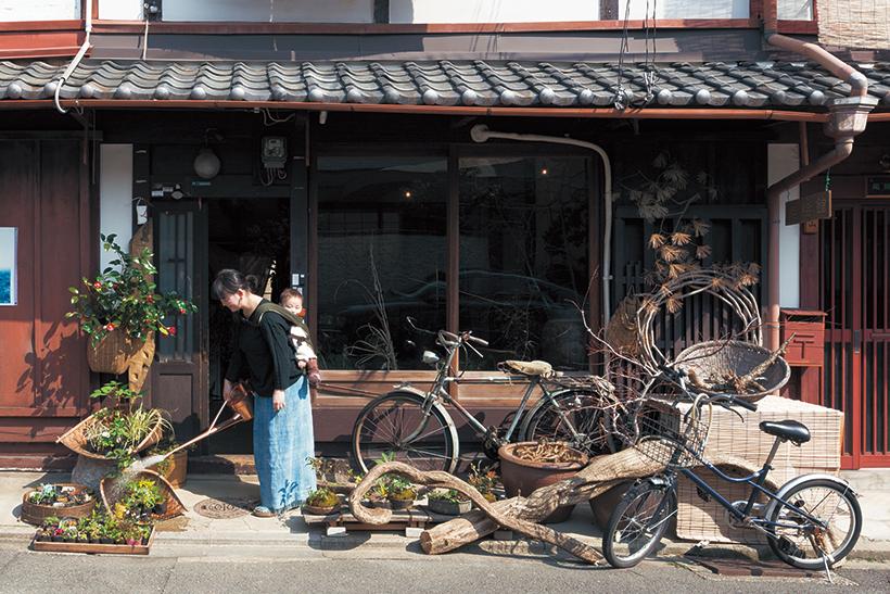 古き良き歴史を受け継ぎながら、職住一体の町家暮らし
