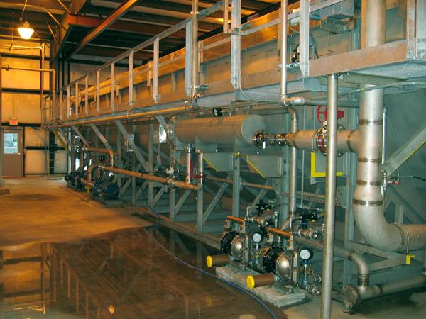 Dissolved air flotation indoor installation