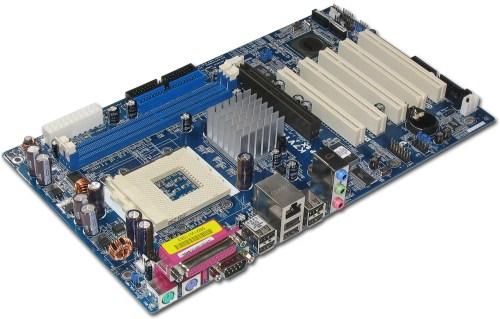 Adanya kerusakan memory atau slot RAM di Motherboard