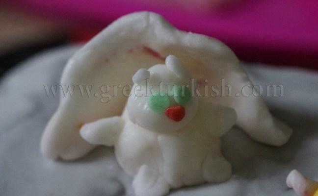 Maya'nın doğumgünü pastası, Kar acemileri, Karnaval