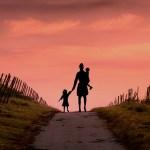 Melawan Mitos Miskin? Kerja Dong! Hal yang Tak Mudah Dilakukan Perempuan