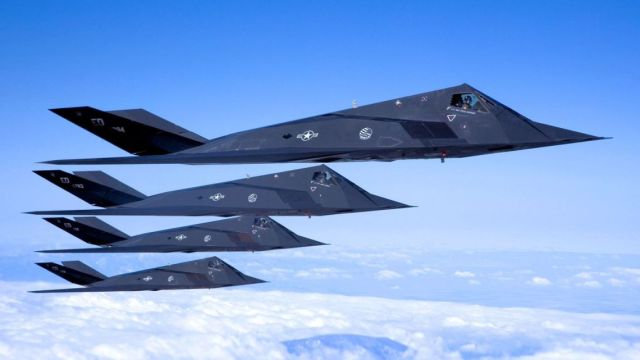 F-117, formacja czterech samolotów