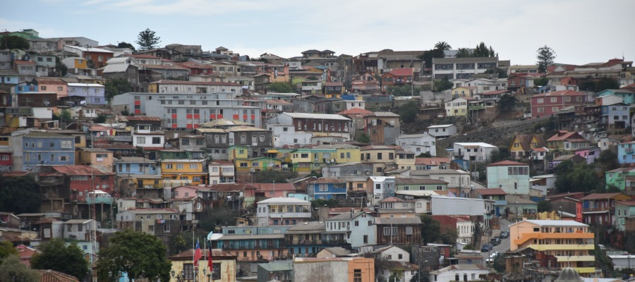 The steep and colorful Valparaíso