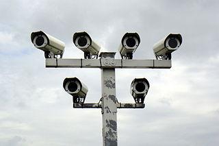 """Überwachungskameras - Bildquelle: Wikipedia / Dirk Ingo Franke, Creative-Commons-Lizenz """"Namensnennung 3.0 nicht portiert"""""""