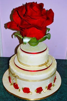 Cakes by T rose