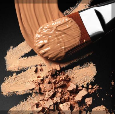 Make-Up Essentials with Tina