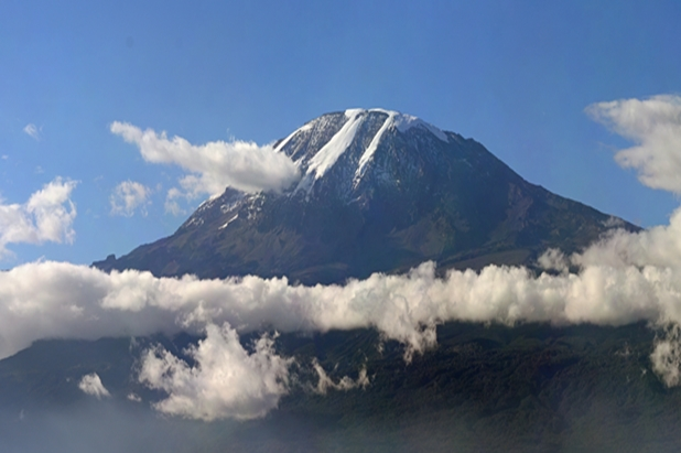 Sights of Africa Mount Kilimanjaro Credit: Muhammad Mahdi Karim (www.micro2macro.net)