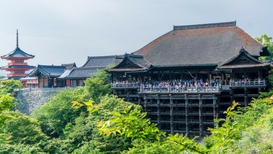 The Budget Traveller's Guide to One Week in Kyoto - Kiyomizu-dera Temple