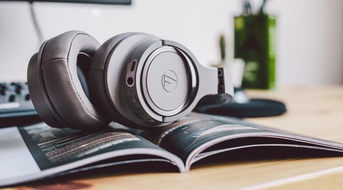 Audio-Technica präsentiert Drahtlos-Kopfhörer ATH-SR50BT und ATH-SR30BT