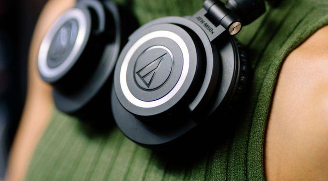 Audio-Technica kreiert den Kopfhörer ATH-M50xBT für kabellosen Sound unterwegs