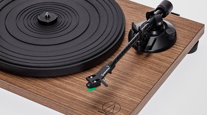 Neues Plattenspieler-Duo – Audio-Technica AT-LPW40WN und AT-LPW30TK