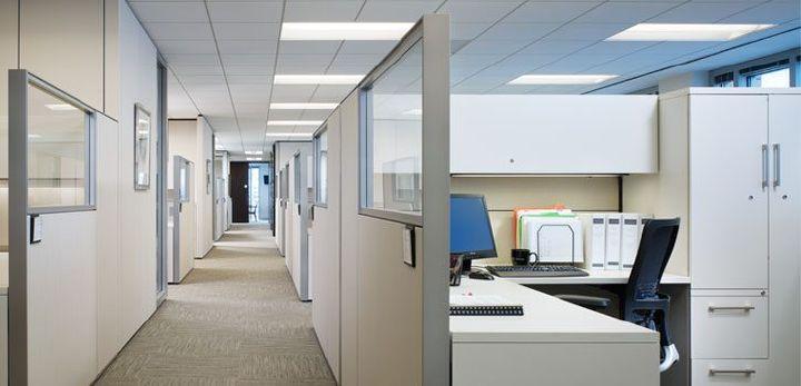 kontorrengøring kontorlandskab