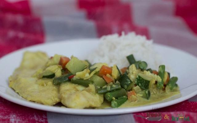 viscurry met witte rijst