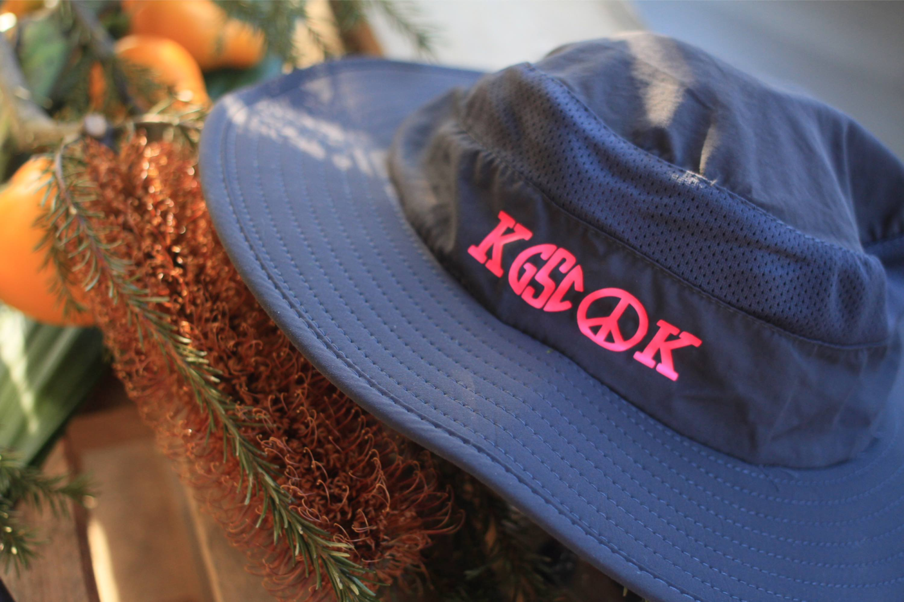 Kook wide brim hat
