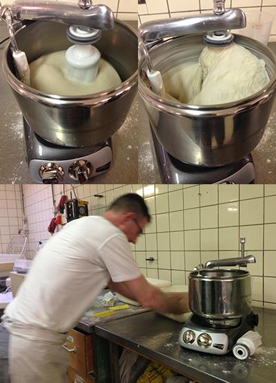 4 kg deeg wordt gekneed in de Assistent kneedmachine. Bakker Sjouke kiest ervoor het deeg nog even door te kneden nadat het uit de machine komt.