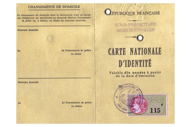 Dimension d'une carte d'identité
