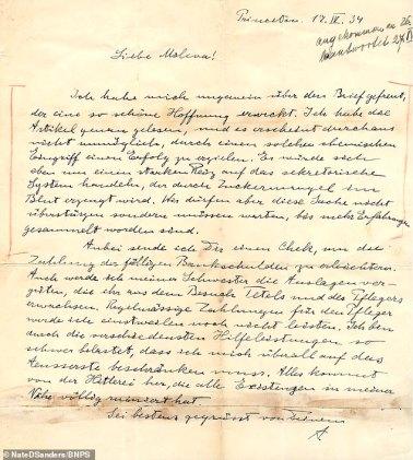 Einstein'ın Hitler Zulmünü Anlattığı Mektuplar Rekor Fiyata Satıldı