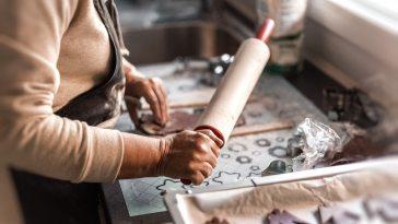 Evden Çıkmadan Bir Gelir Elde Etmek İsteyen Tüm Kadınlar İçin İŞKUR'dan İş İmkanları
