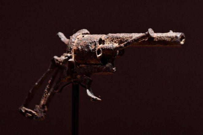 Van Gogh'un Kendini Öldürdüğü Silah 1 Milyon Liraya Satıldı